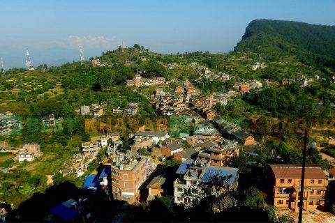 तनुहँको पर्यटकीय नगरी बन्दीपुरलाई 'सिल' गरियो, अस्पताल पनि २ साताका लागि बन्द