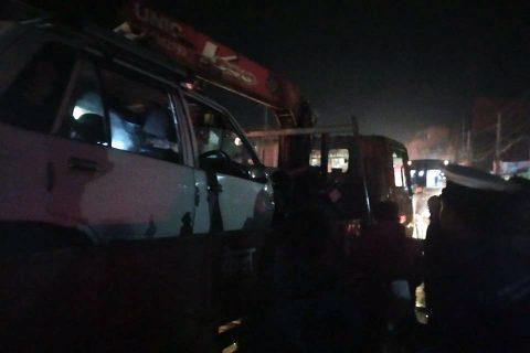 काठमाडौंको कलंकीमा ट्रकको ब्रेक फेल हुँदा दर्जन सवारी साधनमा क्षति, १ को मृत्यु, केही घाइते
