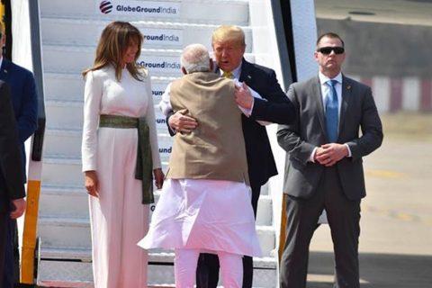 ट्रम्पको स्वागतका लागि भारतीय प्रधानमन्त्री मोदी नै पुगे विमानस्थल