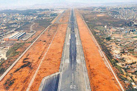 मे ४ बाट सबै आन्तरिक उडान बन्द हुने : भारत, ब्राजिल र दक्षिण अफ्रिकाबाट हुने उडान पनि रोक्ने सरकारको निर्णय