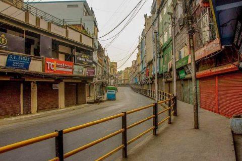 भारतमा थप ३ साता 'लकडाउन' लम्बियो, मृतकको संख्या साढे ३ सय नाघ्यो