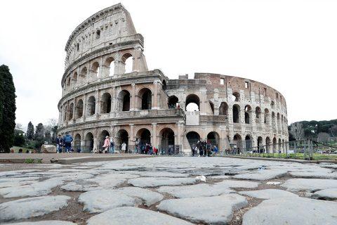 युरोपमा कोरोनाको पहिलो 'इपिसेन्टर' इटलीले जुनदेखि पर्यटकलाई स्वागत गर्दै