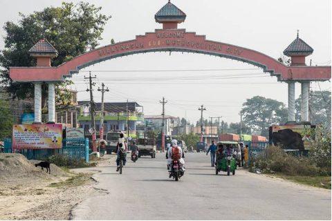 समुदायमा कोरोना फैलिएको निष्कर्षसहित बिराटनगरमा आज रातिबाट पुनः लकडाउन गरिँदै