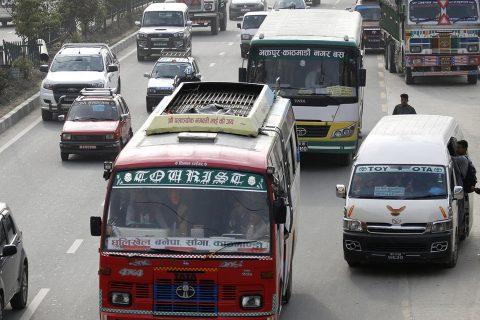 काठमाडौं उपत्यकासहित देशका सबै जिल्लाभित्र सार्वजनिक गाडी चलाउन अनुमति, भाडा ५० प्रतिशत बढ्ने